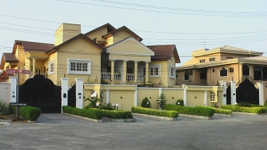 Despite the economic boom, the majority of Nigerians cannot afford to live in single home properties found in restricted areas around the country