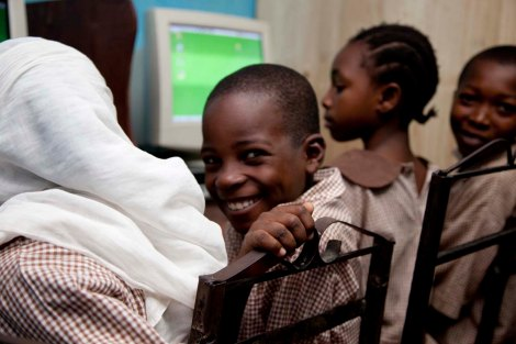 Rwanda children computer