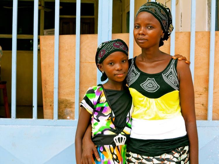 Ebola survivors, Fatmata and her daughter Tata. © UNICEF Sierra Leone/2014/Dunlop