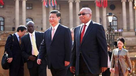 Chinese President Xi Jinping with South Africa President Jacob Zuma.